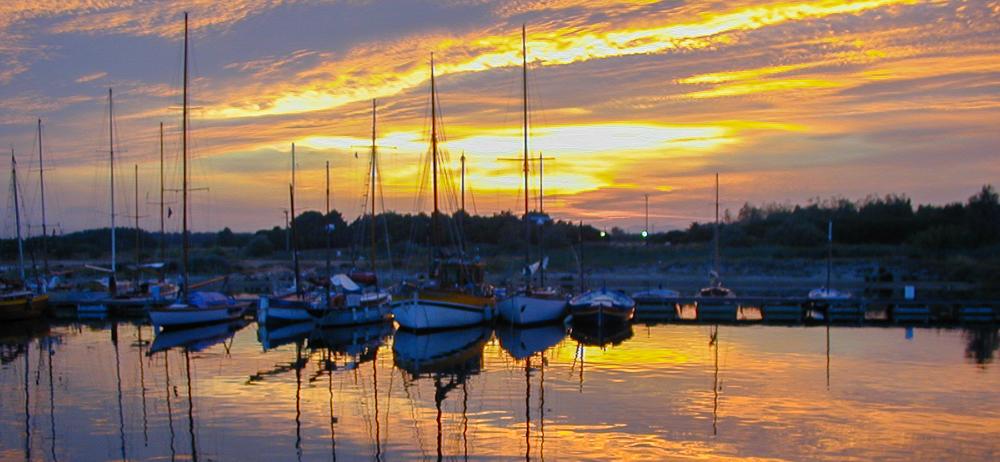 Canet marina sunset